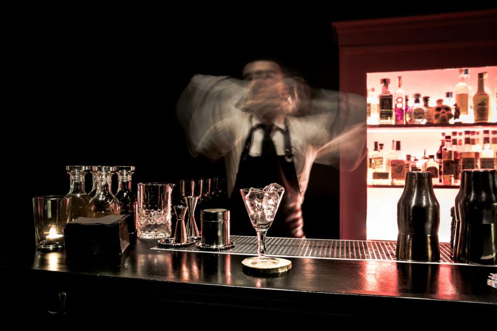 Progetto architettonico bancone bar