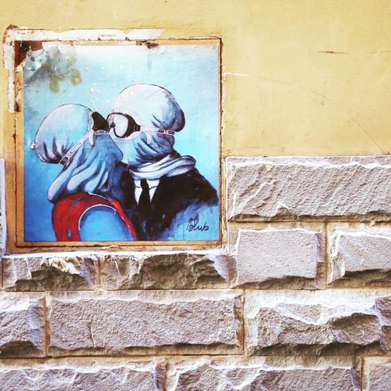 Galleria d'arte Uovo alla Pop: blub